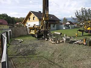 11.04.2007: Arbeiten an alten Lakog-Abbauen im Bereich Tatzersiedlung